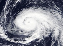 Hurricane Ophelia is Approaching Ireland on Monday with Cat 2